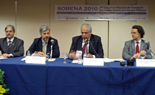Carlos Macedo (MDIC), Jorge Boeira (Abdi), Prof. Floriano Pires (Coppe-Ufrj) e Rogerio Boeira (BNDES)