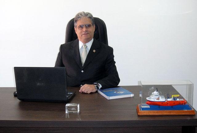 O escritório de Brasília do Sinaval, liderado pelo Vice-Presidente Executivo Carlos Eduardo Macedo